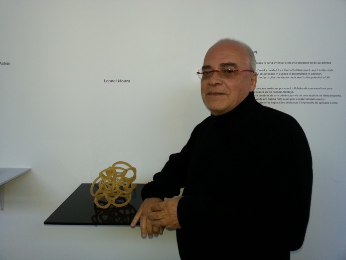 Beam Me Up curator and artist Leonel Moura